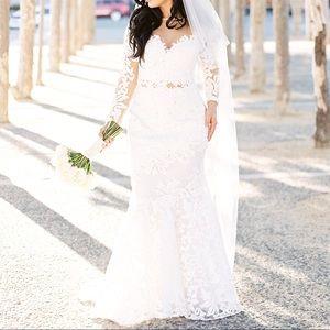White Mesh Sequin Lace Print Wedding Dress size 2